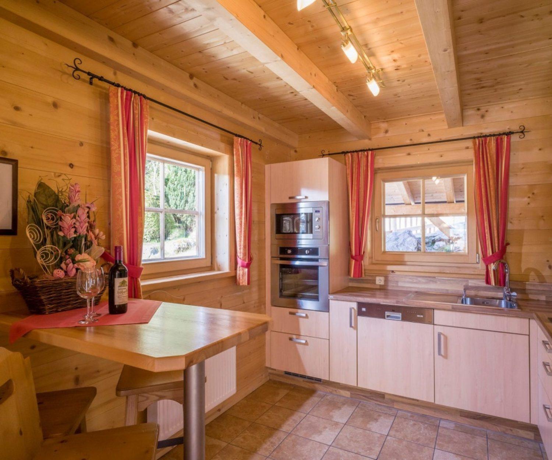 Camping_Karwendel_Planbergstrasse_23_Holzblockhaus_Badezimm_A4_300dpi